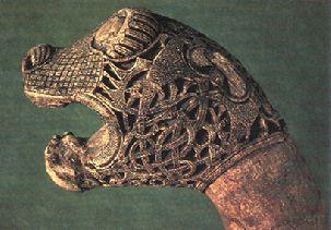 entrelacs, bestiaire viking | l'entrelacs