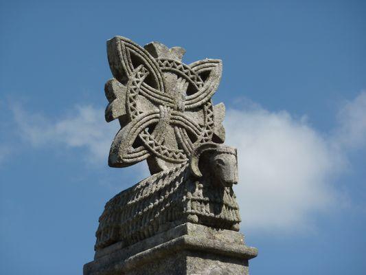 E00127_Galicia_Agnus Dei en Tállara, Lousame, copia probable do da igrexa de Santa Salomé, en Santiago_4F_antefixe_WC_PETITE