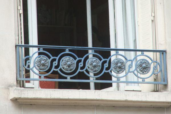 Paris, 05, rue Geoffroy-Saint-Hilaire, 55,_cercles en tresse_PETITE_2